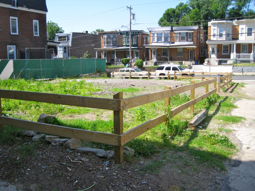 Vacant lot at the corner of W Rockland and Greene Street