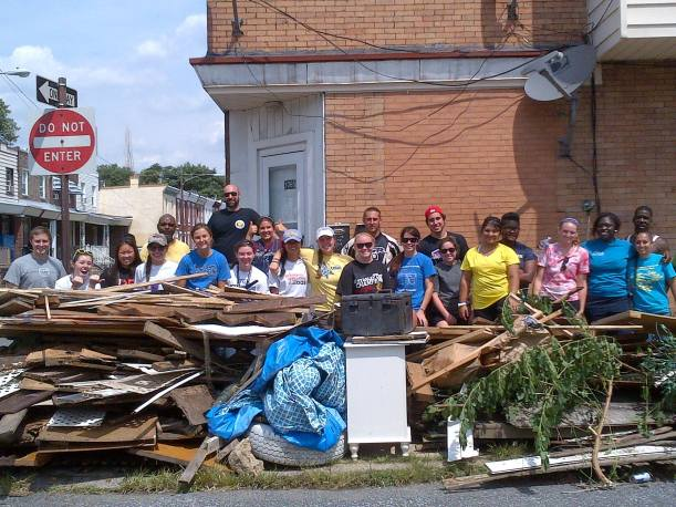 Alleyway cleanup in Frankford.